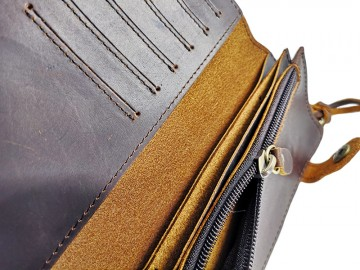 Caravela Leather Wallet
